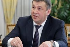 Igor_Slyunyayev,_February_2011-1