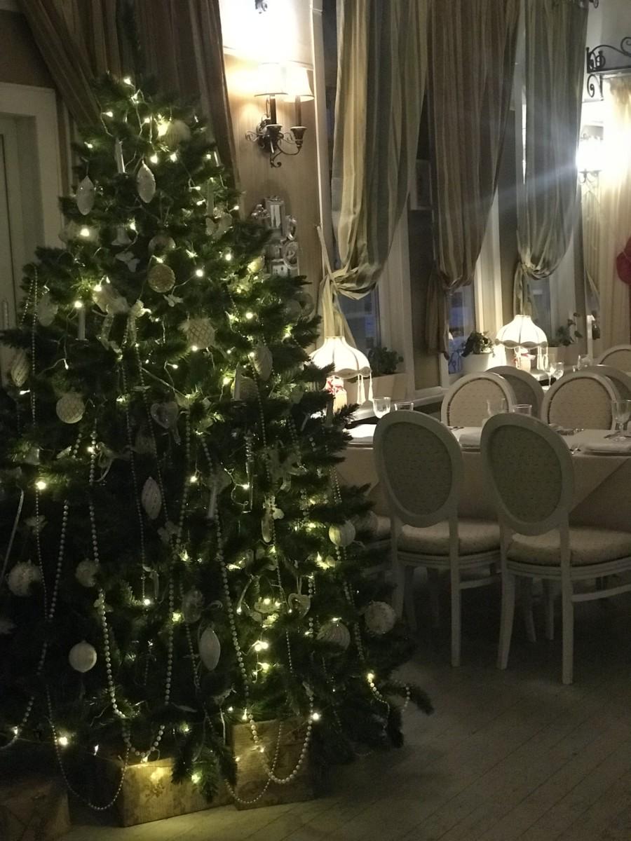 Новый год наступает уже на пятки))))